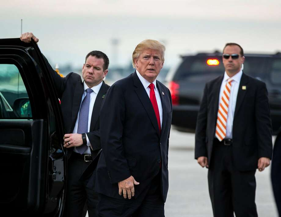 President Trump attacked a new book portraying him as an ill-equipped chief executive, who refuses to read even one-page briefing papers and grew bored when an aide tried to explain the Constitution to him. Photo: AL DRAGO, NYT