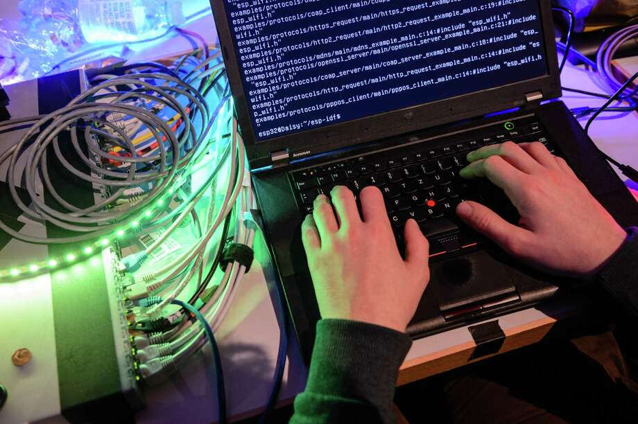 In a report published Thursday, two independent cybersecurity researchers, Collin Anderson and Karim Sadjadpour, followed nearly a decade of the day-to-day activities of Iranian hackers. The hackers appeared to be testing malicious software on themselves or accidentally clicked on malware they were developing. Either way, they exposed activity on their own computers. Photo: Jens Schlueter /Getty Images / 2017 Getty Images