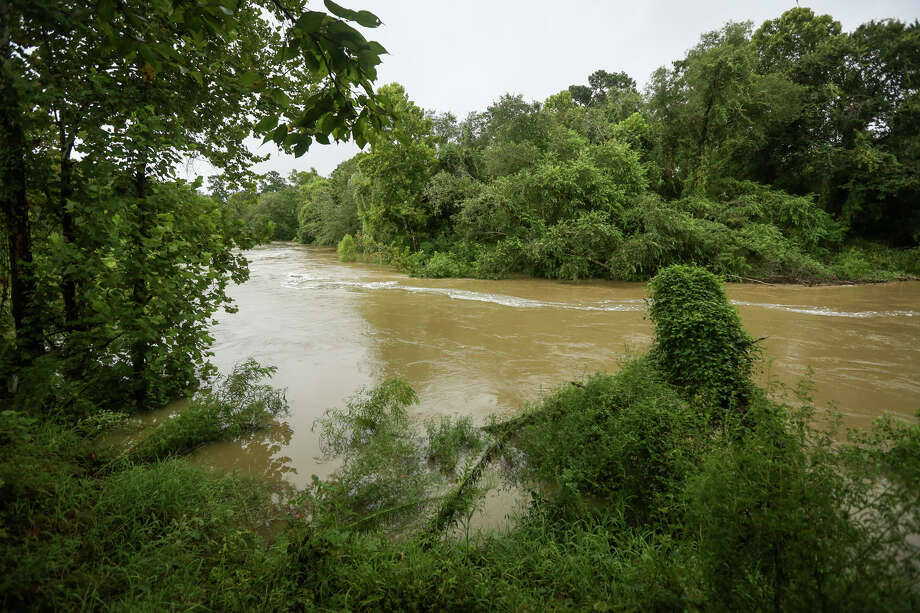 Spring Creek, pictured near Montgomery County Preserve, rises with rains from Hurricane Harvey on Saturday, Aug. 26, 2017, in Spring. Photo: Michael Minasi, Staff Photographer / © 2017 Houston Chronicle