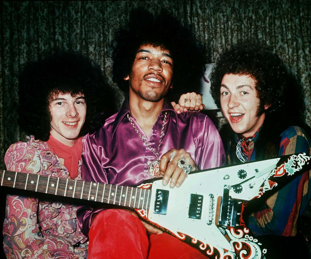 Jimi Hendrix -- Garfield High School Jimi Hendrix isn't quite known as a Seattle-area musician -- his career blossomed in the United Kingdom -- but he was one of the many students to strut the halls of Garfield.