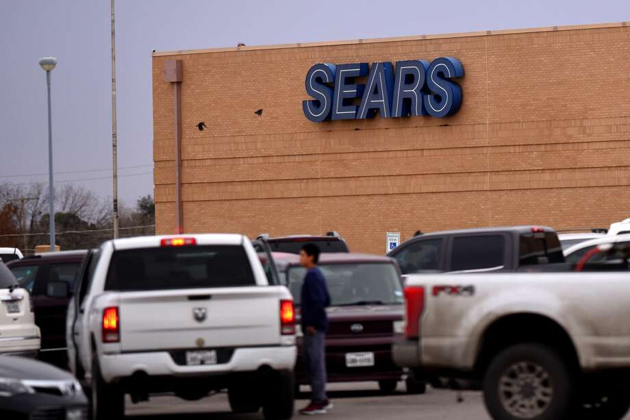The Midland store is among 39 Sears stores and 64 Kmarts nationwide that will cease operations by April.See other notable companies that faced financial problems. Photo: James Durbin
