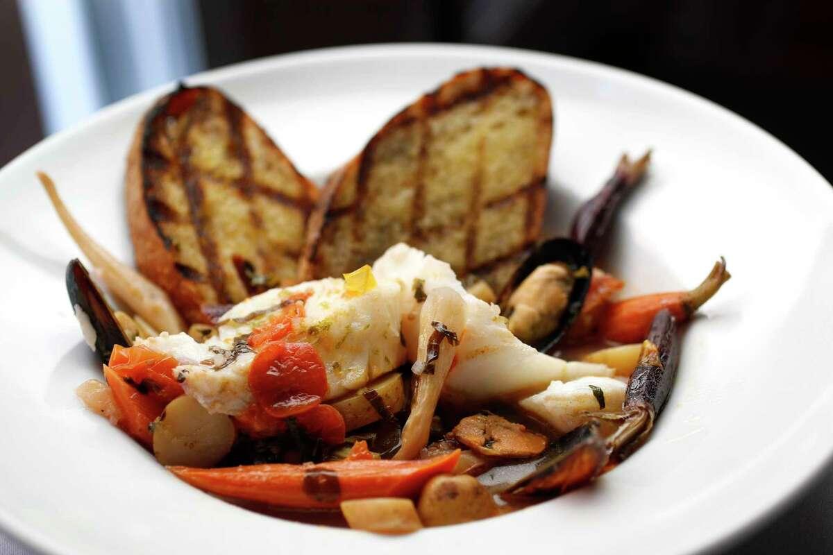 Zuppa di Mare in Cartoccio