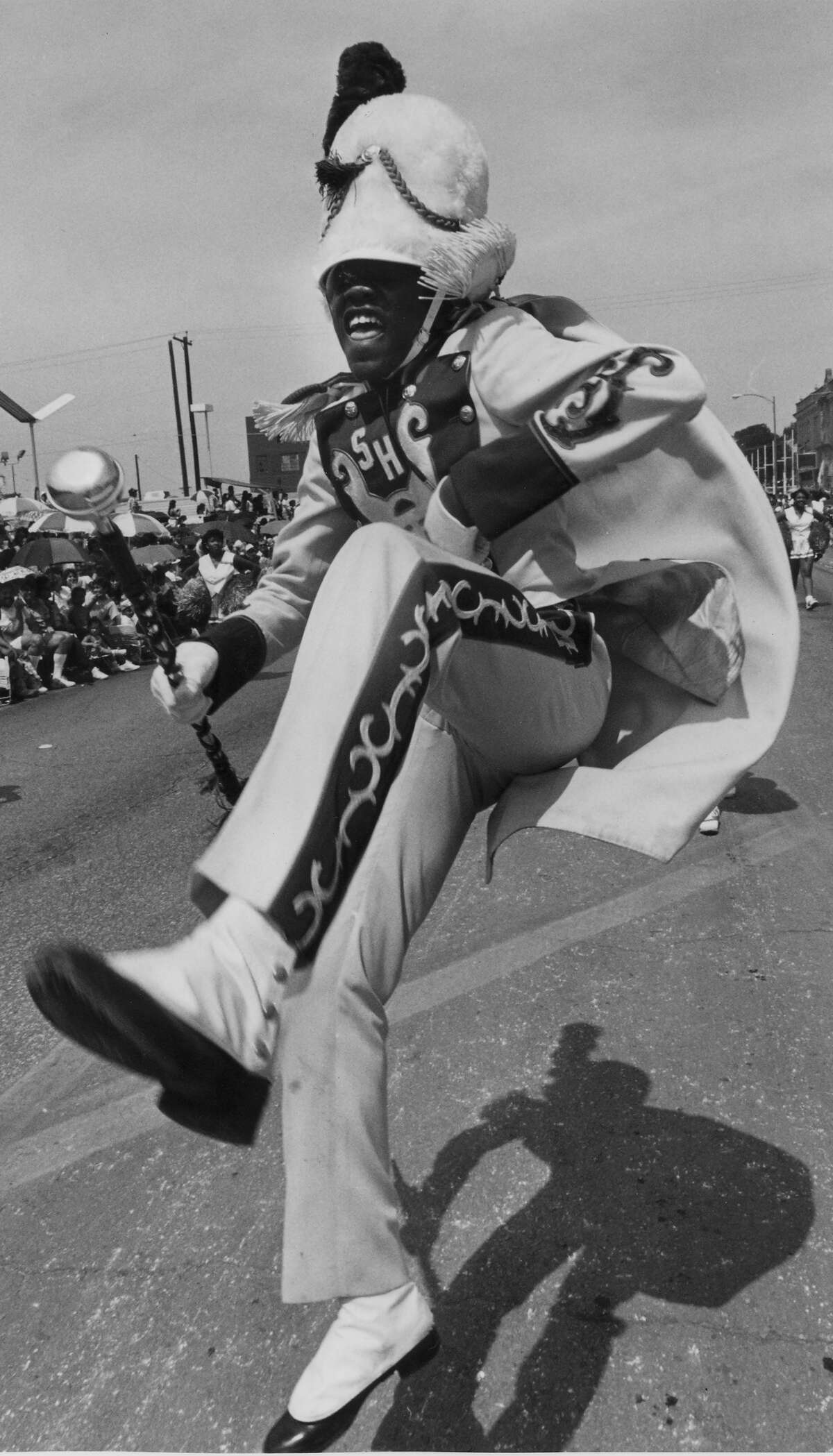 Fiesta 1988 - Anthony Davis of Sam Houston High School hams it up at the Battle of Flowers Parade.