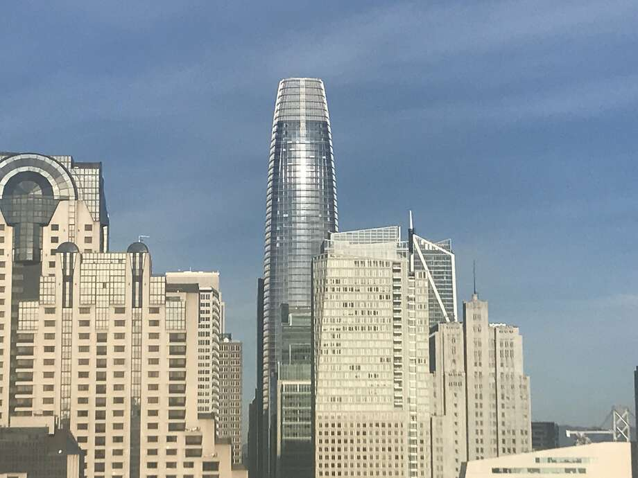 Salesforce Tower as seen from the public space atop the Hampton Inn on Mission Street, November 28, 2017. Photo: John King, The Chronicle