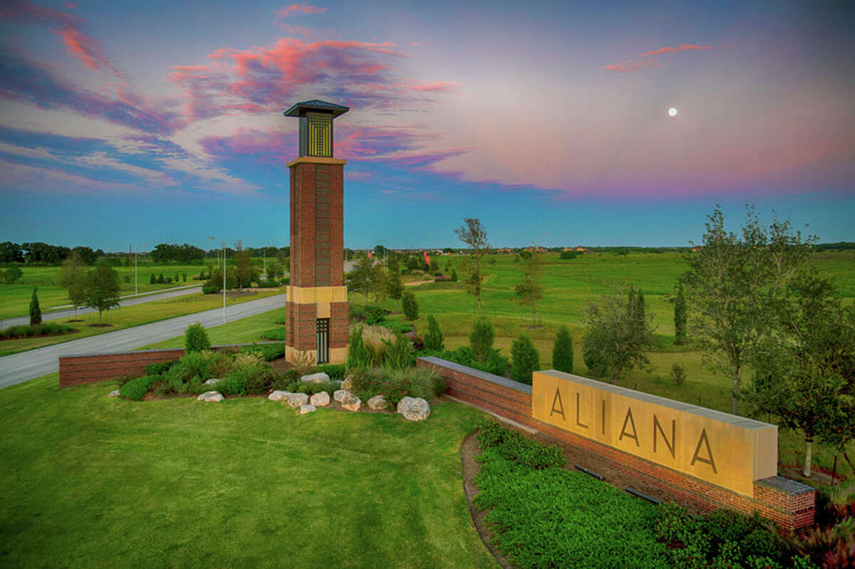 Aliana, a 2,000-acre community along the Grand Parkway at West Airport Boulevard, between U.S. 59 and I-10 west, racked up 428 sales in 2017. The community logged 426 home sales in 2016.