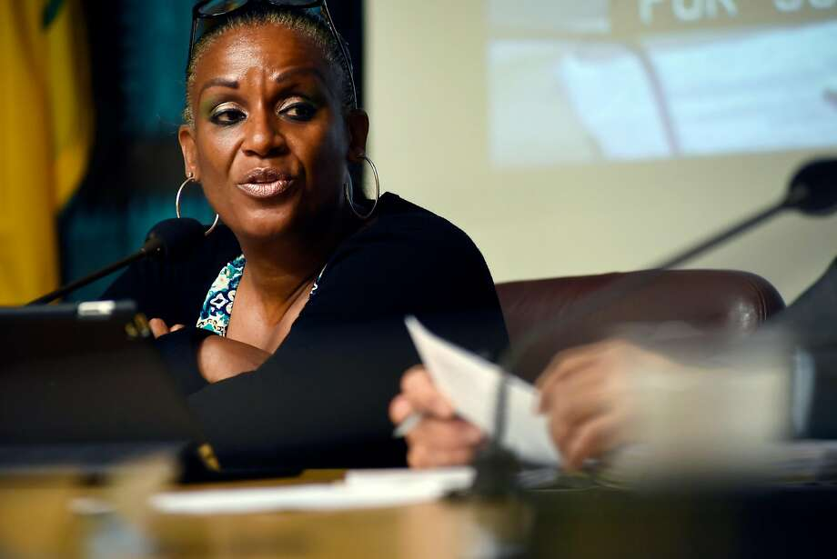 Council chairperson Desley Brooks speaks during an Oakland City Council public city committee meeting discussing African-American recruitment and retention in police force, at City Hall in Oakland, CA Friday, October 13, 2015. Photo: Michael Short / Special To The Chronicle