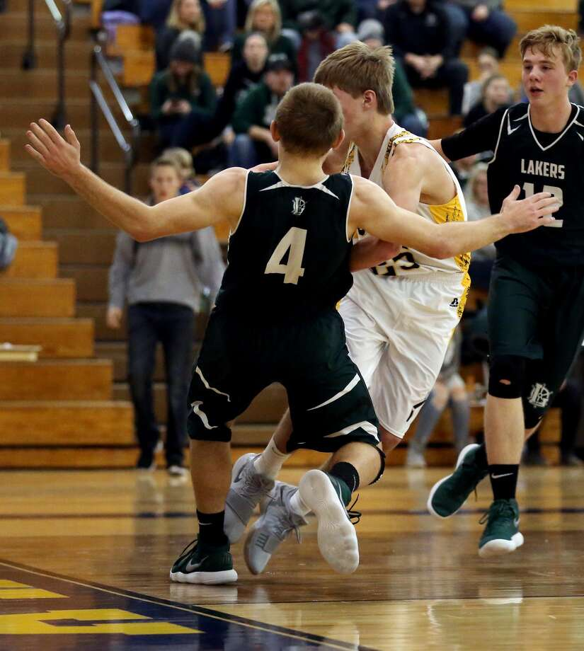 EPBP at Bad Axe — Boys Basketball 2018 Photo: Paul P. Adams/Huron Daily Tribune