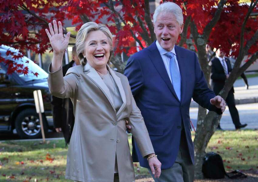 Bill and Hillary Clinton Former President Bill Clinton and his wife, former Secretary of State Hillary Clinton, who live in Chappaqua, N.Y., sent over 400 pizzas to hospitals throughout Westchester County, N.Y., in March with a note that said,
