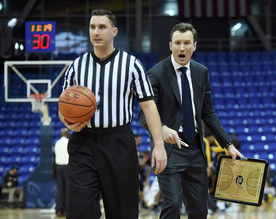 Quinnipiac head coach Baker Dunleavy tries to talk to a ref in the Bobcats game against Canisius College, Friday, Jan. 5, 2018, at TD Bank Sports Center in Hamden. QU lost, 82-74. Photo: Catherine Avalone, Hearst Connecticut Media / New Haven Register
