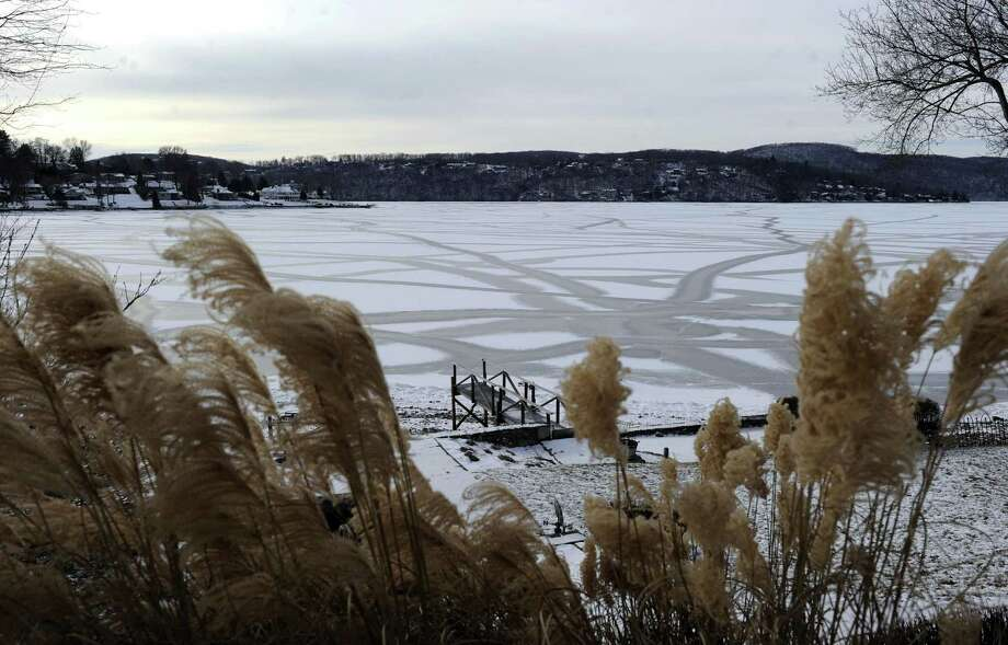 Candlewood Lake in Brookfield is almost totally frozen Tuesday, January 2, 2018. Photo: Carol Kaliff / Hearst Connecticut Media / The News-Times