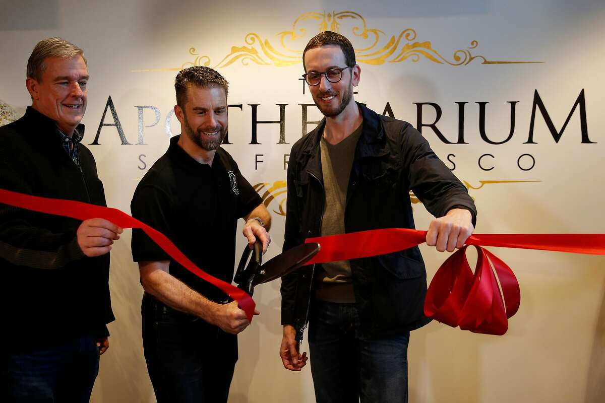 From left: Board of Supervisors Jeff Sheehy, Apothecarium CEO Ryan Hudson and Senator Scott Wiener during a recreational marijuana opening ceremony at The Apothecarium, Saturday, Jan. 6, 2018, in San Francisco, Calif.