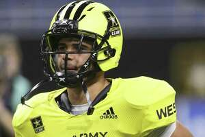 Brenden Brady trots onto the field to start the U.S. Army All-American Bowl at the Alamodome on January 6, 2018
