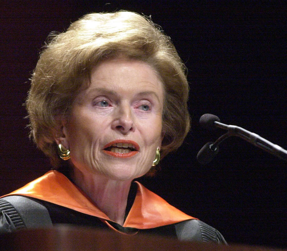 Former Texas first lady and vice chairman of the University of Texas System Board of Regents, Rita C. Clements, addresses the University of Texas at Tyler's graduating class at the school's afternoon commencement Saturday, May 11, 2002. Clements was the keynote speaker. (AP Photo/Tyler Morning Telegraph, D.J. Peters). Photo: D.J. PETERS, MBR / TYLER MORNING TELEGRAPH