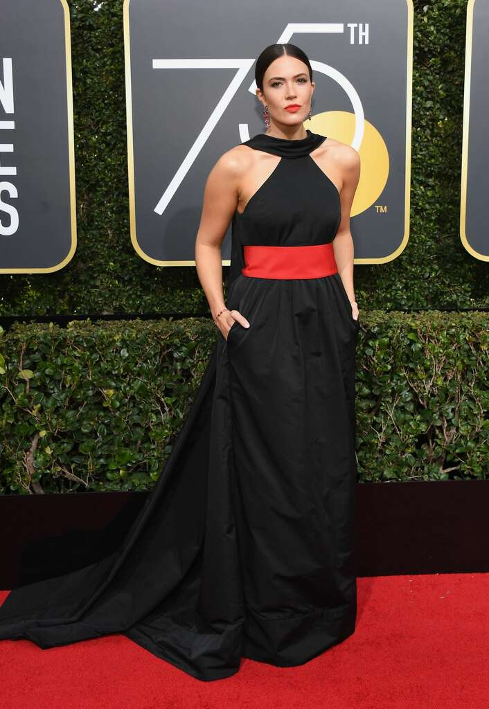 Worst: Mandy Moore's dress is just so hefty, like a garbage bag. Photo: Kevork Djansezian/NBC/NBCU Photo Bank Via Getty Images Via Getty Images