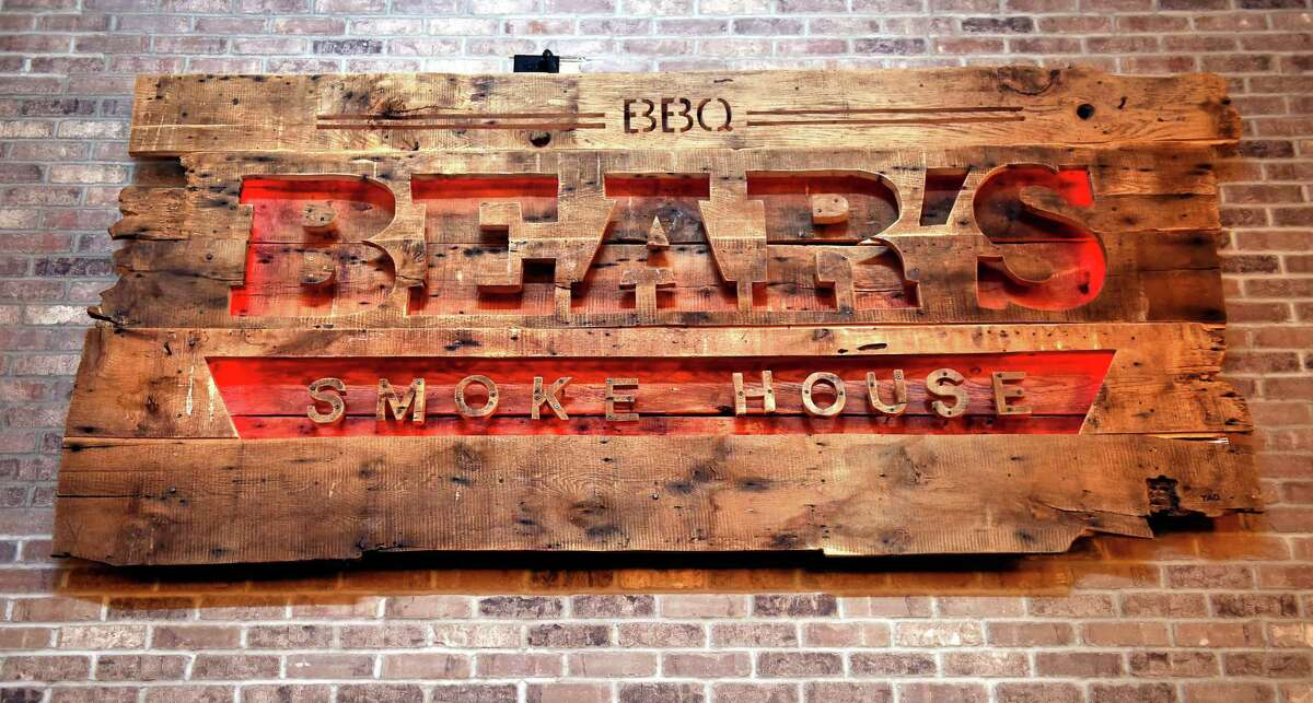 Bear's Smokehouse, New Haven 4 stars | 168 reviews on Yelp Address: 470 James St, New Haven, CT 06513