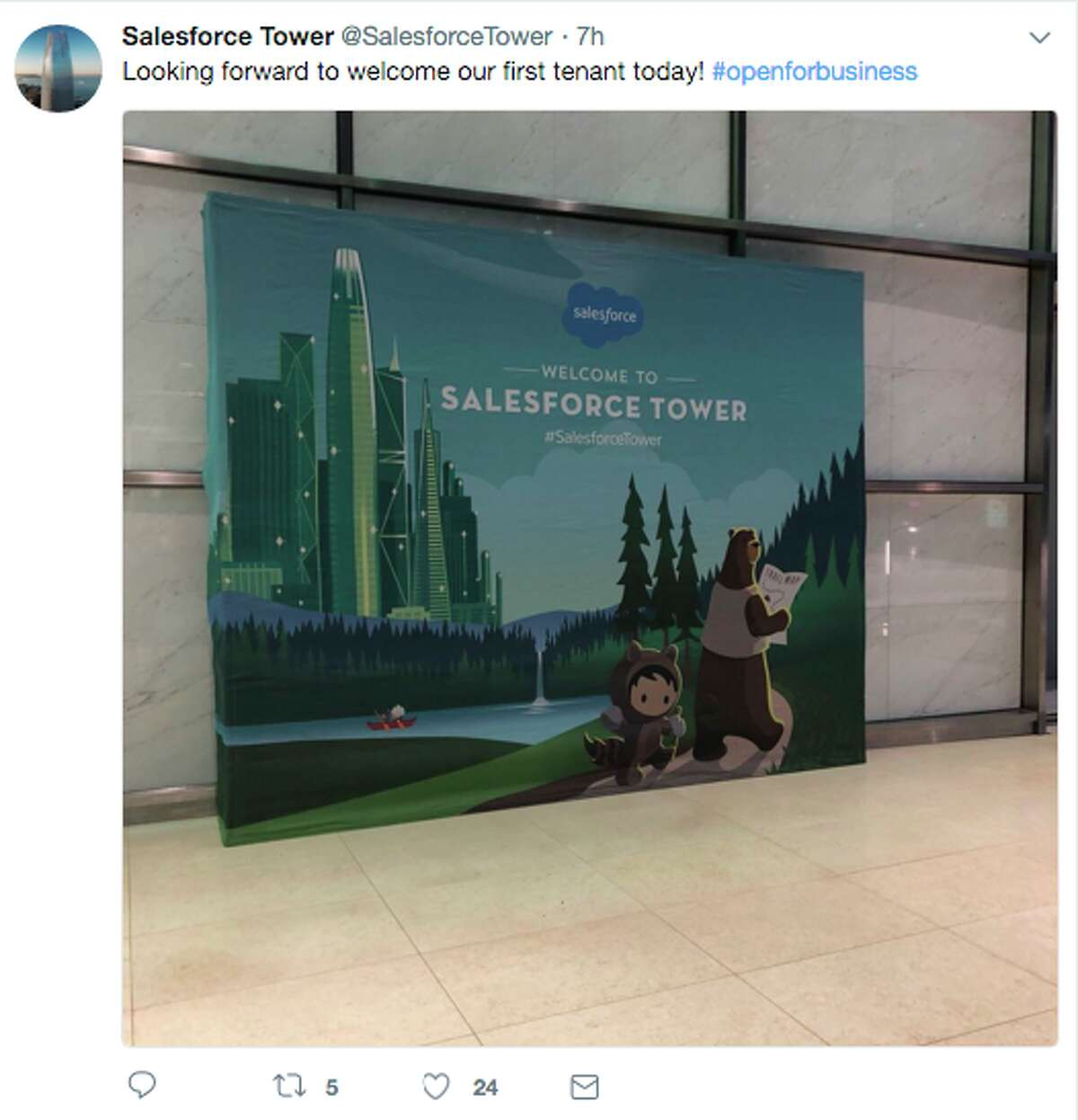 People react to the opening day of Salesforce Tower in San Francisco on Monday, January 8, 2017.