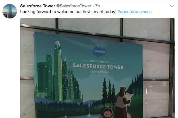 New tenants react to the opening day of Salesforce Tower in San Francisco on Monday, January 8, 2017.