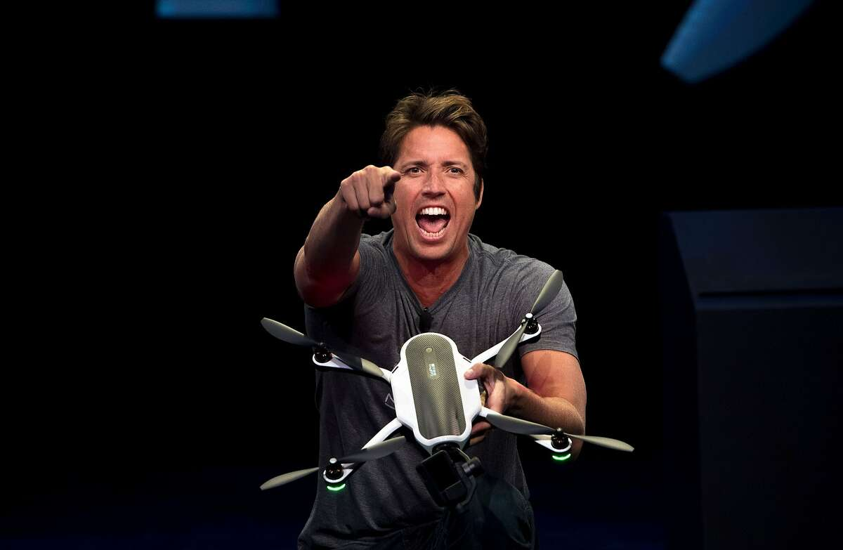 GoPro CEO Nick Woodman displays a new foldable Karma drone during a press event in Olympic Valley, California on September 19, 2016. / AFP / JOSH EDELSON (Photo credit should read JOSH EDELSON/AFP/Getty Images)