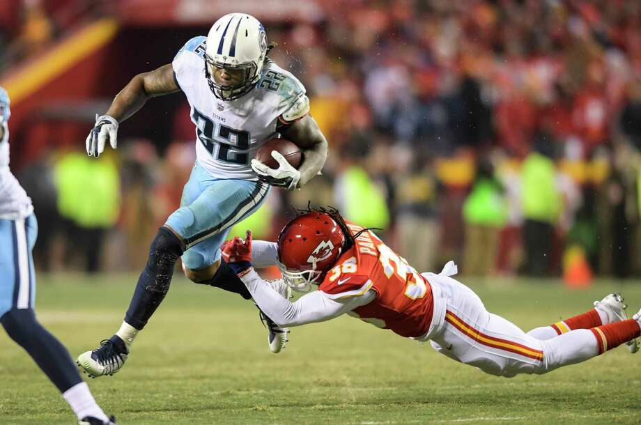 Derrick Henry was a driving force behind the Titans' comeback against the Chiefs, picking up 85 of his 156 yards in the fourth quarter. Photo: Reed Hoffmann, FRE / FR48783 AP