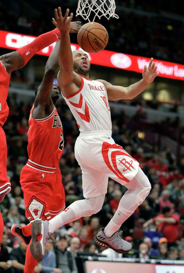 Houston Rockets' Eric Gordon, right, has his shot blocked by Chicago Bulls' David Nwaba, left, as Jerian Grant (2) also defends during the first half of an NBA basketball game Monday, Jan. 8, 2018, in Chicago. (AP Photo/Charles Rex Arbogast) Photo: Charles Rex Arbogast, Associated Press / Copyright 2018 The Associated Press. All rights reserved.