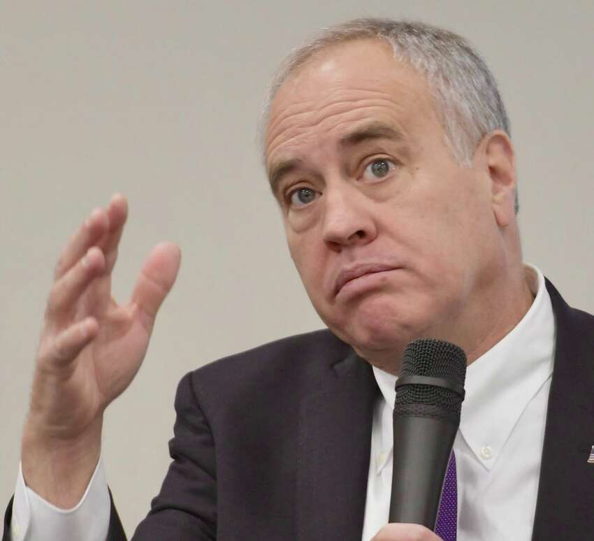 Comptroller Tom DiNapoli is interviewed on Tuesday, Jan 9, 2018, at Hearst Media Center in Colonie, N.Y. (Skip Dickstein/ Times Union)