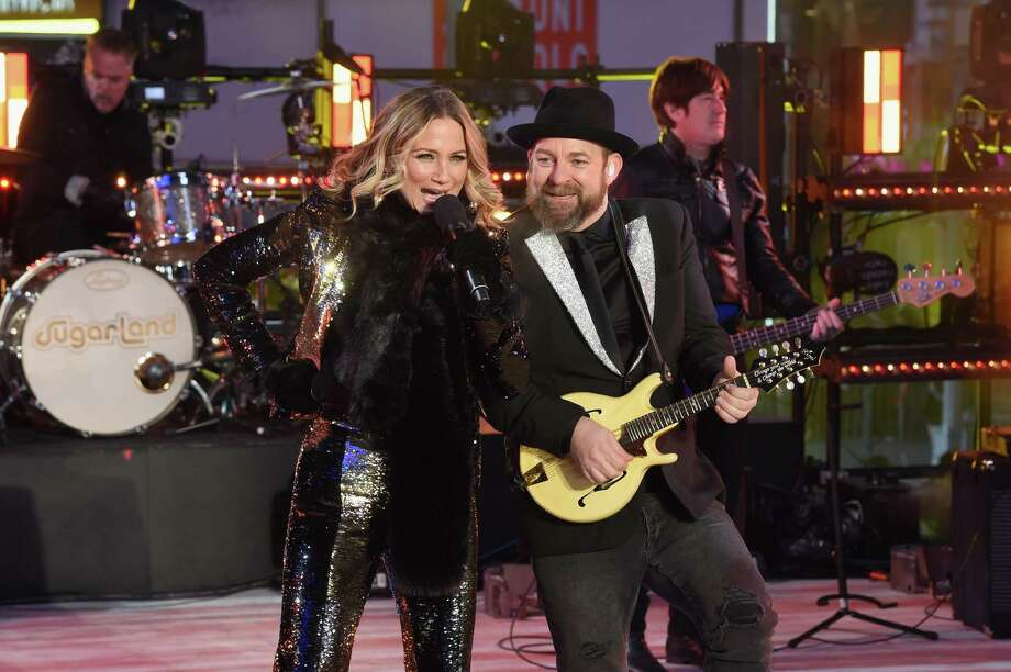 NEW YORK, NY - DECEMBER 31:  Sugarland performs at the Dick Clark's New Year's Rockin' Eve with Ryan Seacrest 2018 on December 31, 2017 in New York City. Photo: Nicholas Hunt, Getty Images For Dick Clark Productions / 2017 Getty Images