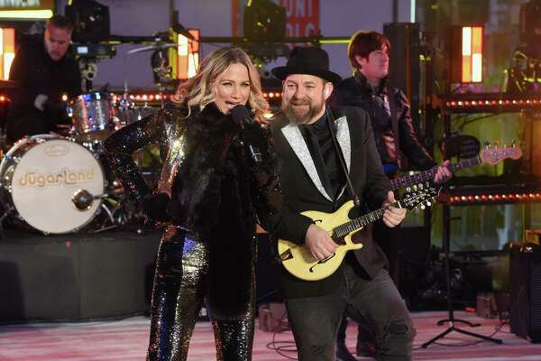 NEW YORK, NY - DECEMBER 31:  Sugarland performs at the Dick Clark's New Year's Rockin' Eve with Ryan Seacrest 2018 on December 31, 2017 in New York City.
