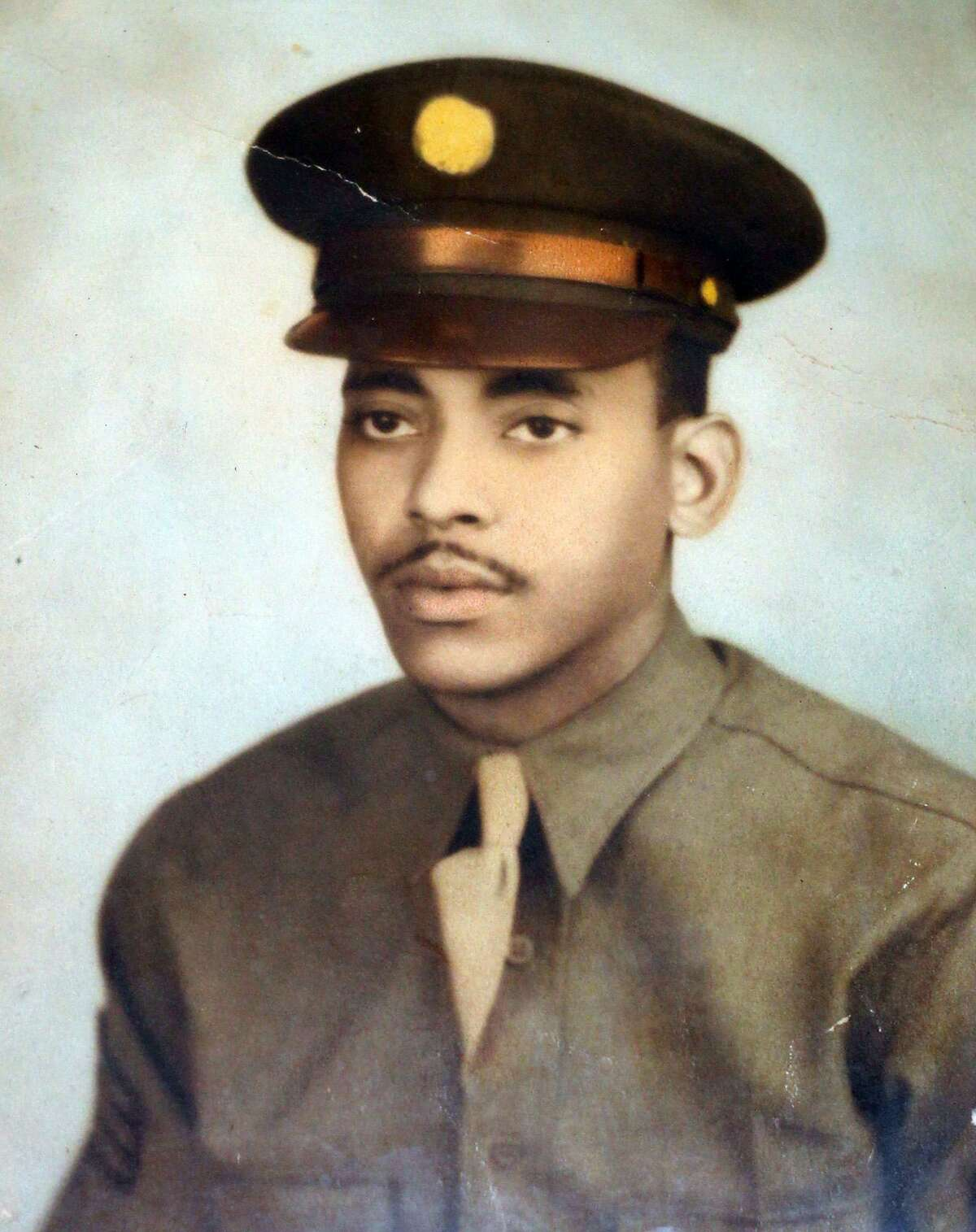 Courtesy photo of San Antonio native Thomas Ellis during his time serving with the Tuskegee Airmen from 1942 to 1945. Ellis was an administrative clerk assigned to the 332nd Fighter Group that fought the Germans over Europe protecting American bombers in red-tailed P-51 Mustangs. Kin Man Hui/kmhui@express-news.net