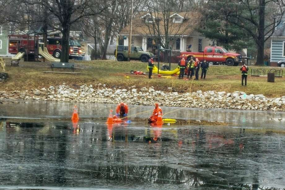 The Edwardsville Fire Department is conducting its annual ice rescue trainings at Leclaire Park this week. The trainings are expected to conclude Wednesday, Jan. 10. Photo: Marci Winters-McLaughlin • For The Intelligencer