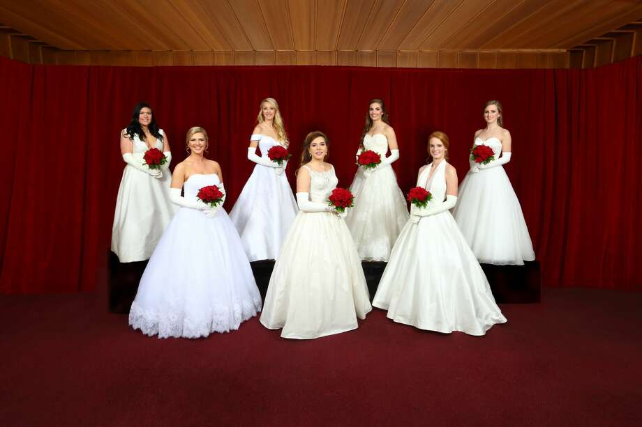 Seven debutantes were presented Dec. 22 at the Minuet Club: Isabella Boudreaux, from left, Clara Cliver, Grace Brown, Amelia Folger, MacBrayer Essman, Paige Nelson and Annette Mayne Photo: Courtesy Of Curtis Routh – Leavethecamera.com
