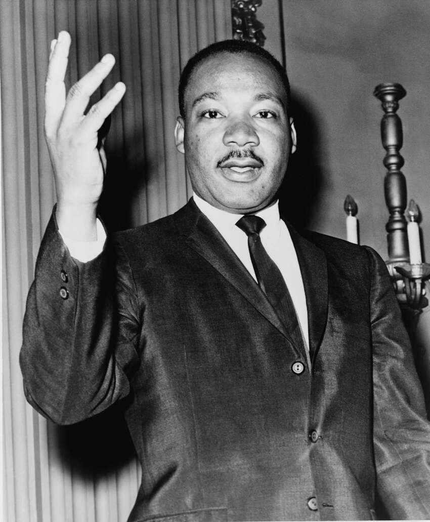 The symphony will open its weekend concerts with a tribute to Martin Luther King Jr. on the eve of MLK Day. Duke Ellington's