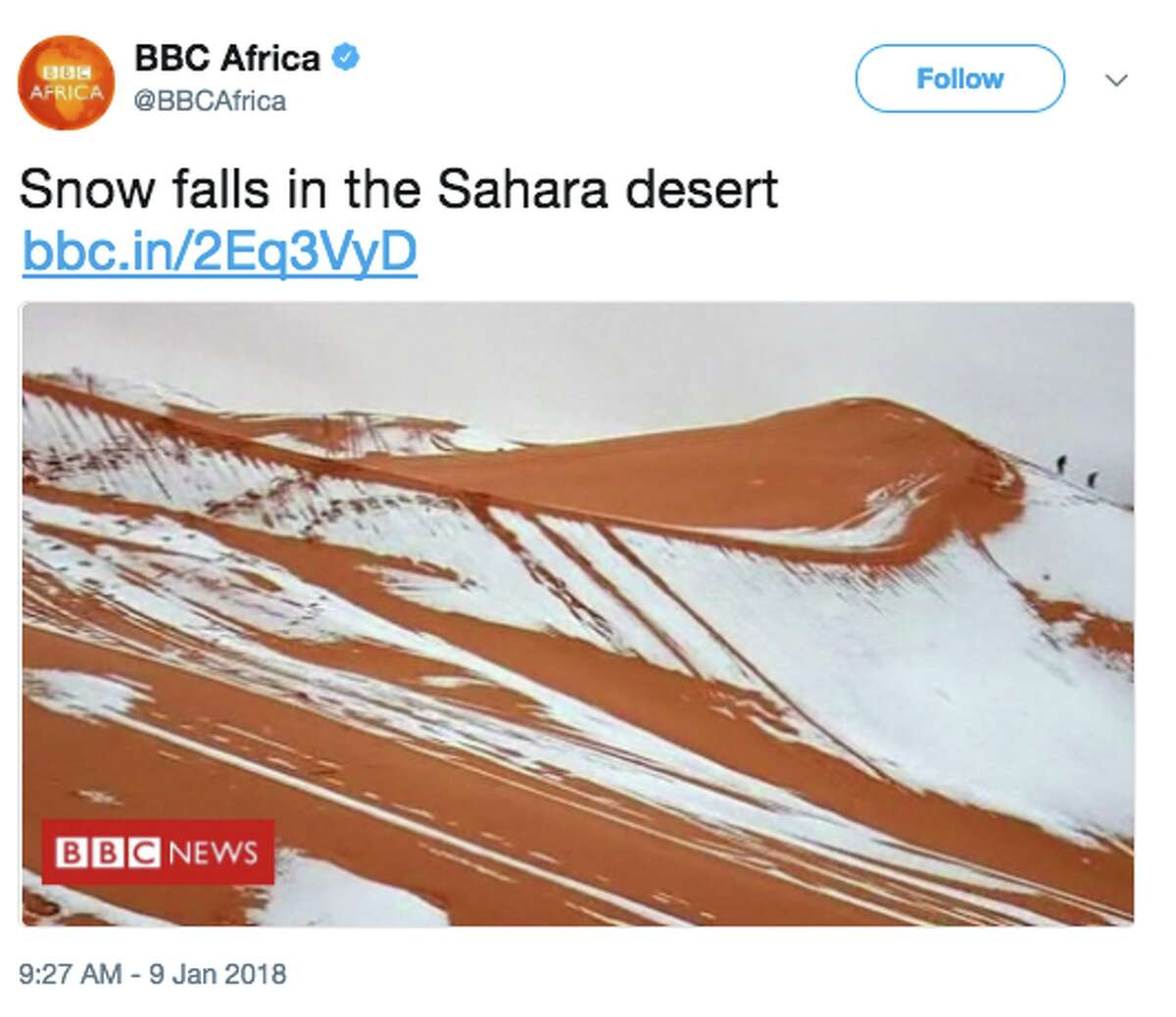 Snow fell in the hottest place in the world-the African Sahara.On Tuesday, Twitter was filled with images like this one on the BBC Africa's Twitter page showing a dusting of snow in the Sahara Desert. This is the fourth time the region has seen snow in the last 37 years.