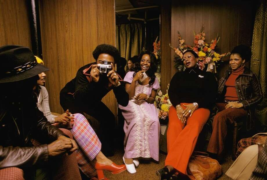 1) Gladys Knight & friends backstage at the Apollo, Harlem in 1973. Photo: David Reed/Redferns