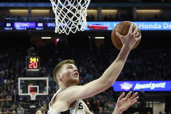 Davis Bertans scores against Sacramento on Jan. 8, 2017. Bertans has been hot of late.