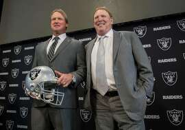 Jon Gruden is introduced as the Oakland Raiders head coach with owner Mark Davis on Tuesday, January 9, 2018 in Oakland, Calif. (Hector Amezcua/Sacramento Bee/TNS)