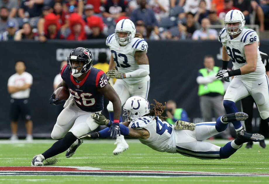 Running room was in short supply for Lamar Miller in 2017 as the second-year Texan had no carry longer than 21 yards. Photo: Godofredo A. Vasquez, Houston Chronicle / Godofredo A. Vasquez