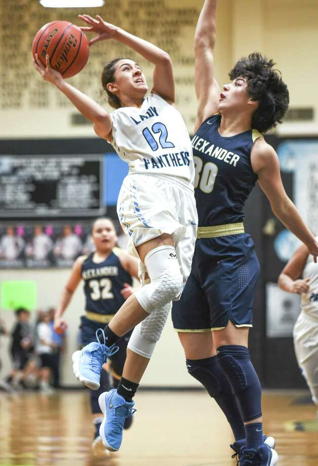 Alexander faces East Central at 5:30 p.m. Friday in the regional semifinals at the Blossom Athletic Complex and United South follows at 8 p.m. against Judson. Photo: Danny Zaragoza /Laredo Morning Times File