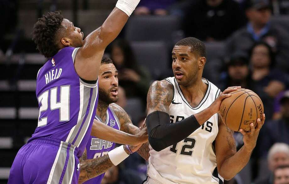 Spurs star LaMarcus Aldridge requested trade before season, Gregg Popovich reveals
