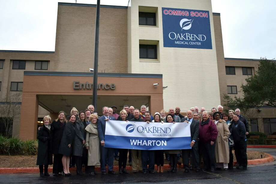 Celebrating the announcement of OakBend opening a hospital in Wharton are the OakBend Medical Center Board of Directors, City of Wharton Blue Ribbon Committee, Wharton City Officials, representatives from Gulf Coast Medical Foundation, Mary Louise Dobson Foundation and The Johnson Foundation. Photo: OakBend Medical Center