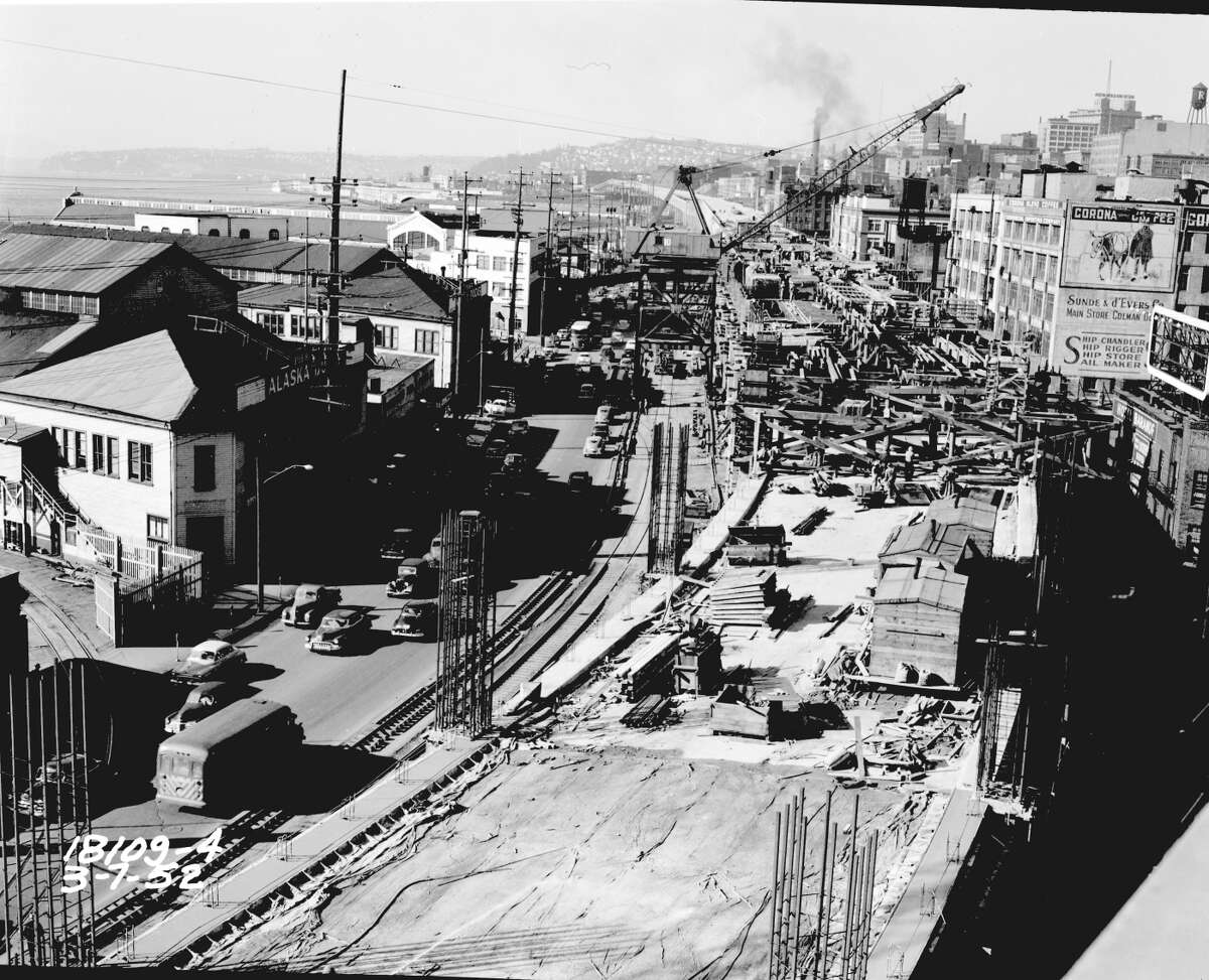 Alaskan Way Viaduct construction circa 1952 from the Seattle Municpal Archives.