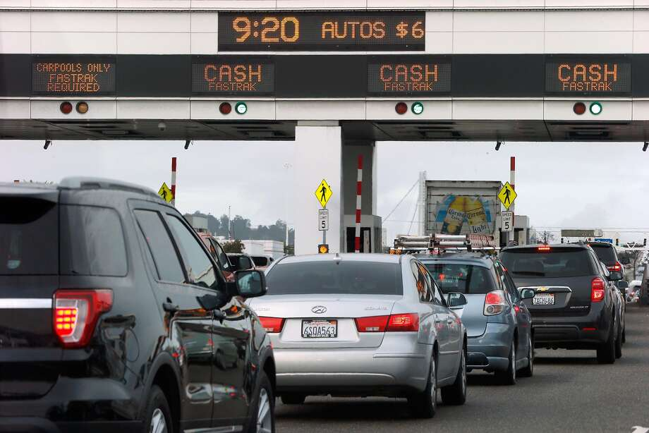 Traffic at the Bay Bridge Toll Plaza, Wednesday, Jan. 10, 2018, in San Francisco, Calif. Photo: Santiago Mejia / The Chronicle