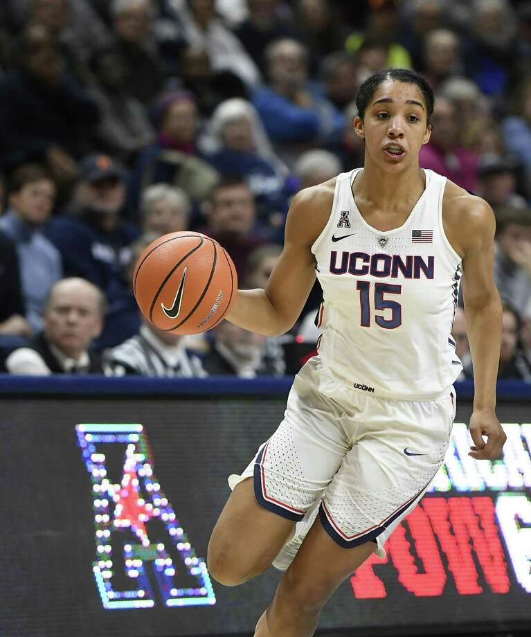 UConn's Gabby Williams scored eight points and grabbed 13 rebounds in an 80-44 win over UCF on Tuesday. Photo: Jessica Hill / Associated Press / AP2018