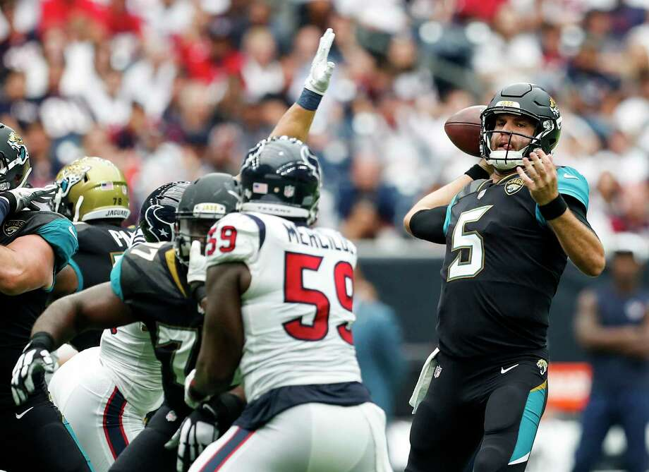 Winning a division title has not eased the scrutiny placed on Jaguars quarterback Blake Bortles. Photo: Brett Coomer, Staff / © 2017 Houston Chronicle
