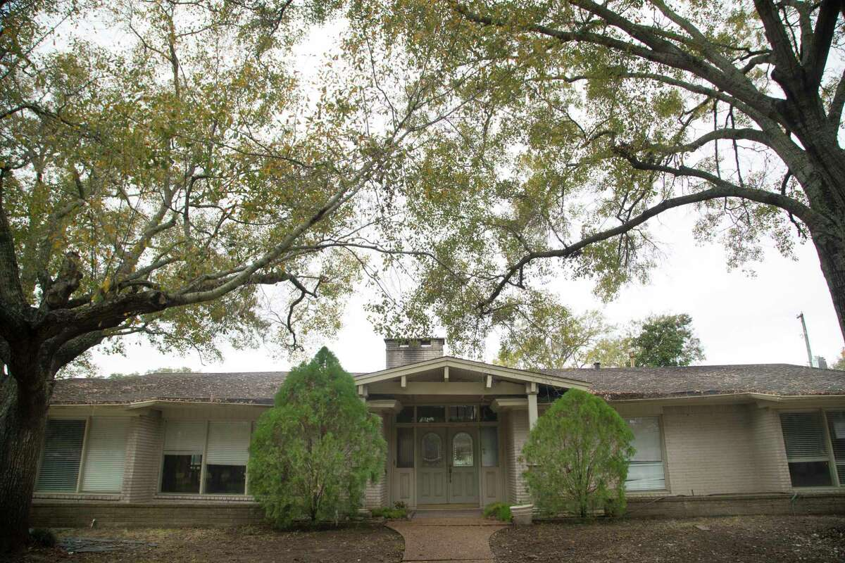 Houston City Council approved five elevation contracts for floodprone homes in the Meyerland-area on Wednesday, including this house on Cadman Court. Wednesday, Jan. 10, 2018, in Houston.