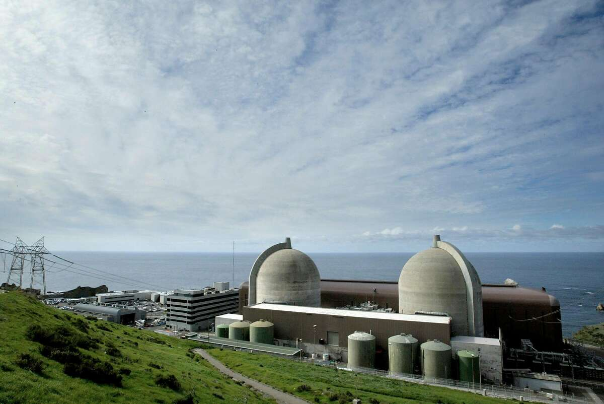 DIABLO1-C-19FEB03-MT-LI PG & E Diablo Nuclear power plant in San Luis Obispo is proposing a new innovative way of storing it's nuke waist. This proposal is drawing concerns in the light of possible terrorist attacks. BY LANCE IVERSEN/SAN FRANCISCO CHRONICLE ALSO Ran on: 02-12-2006 The Diablo Canyon nuclear power plant on the Central Coast would not be part of any expansion until it finds a storage site for its radioactive waste. Ran on: 05-28-2006 Diablo Canyon and other nuclear facilities are drawing more attention lately as people are concerned about global warming. Ran on: 11-25-2009 The Diablo Canyon nuclear power plant near San Luis Obispo produces about 20 percent of the electricity used by PG&E customers.