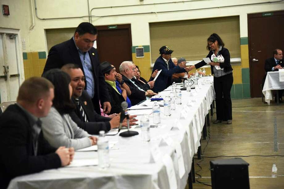 El debate sobre la ubicación del museo de veteranos se llevó a cabo el 9 de enero de 2018 en la sede del Army National Guard. Photo: Christian Alejandro Ocampo /Laredo Morning Times / Laredo Morning Times