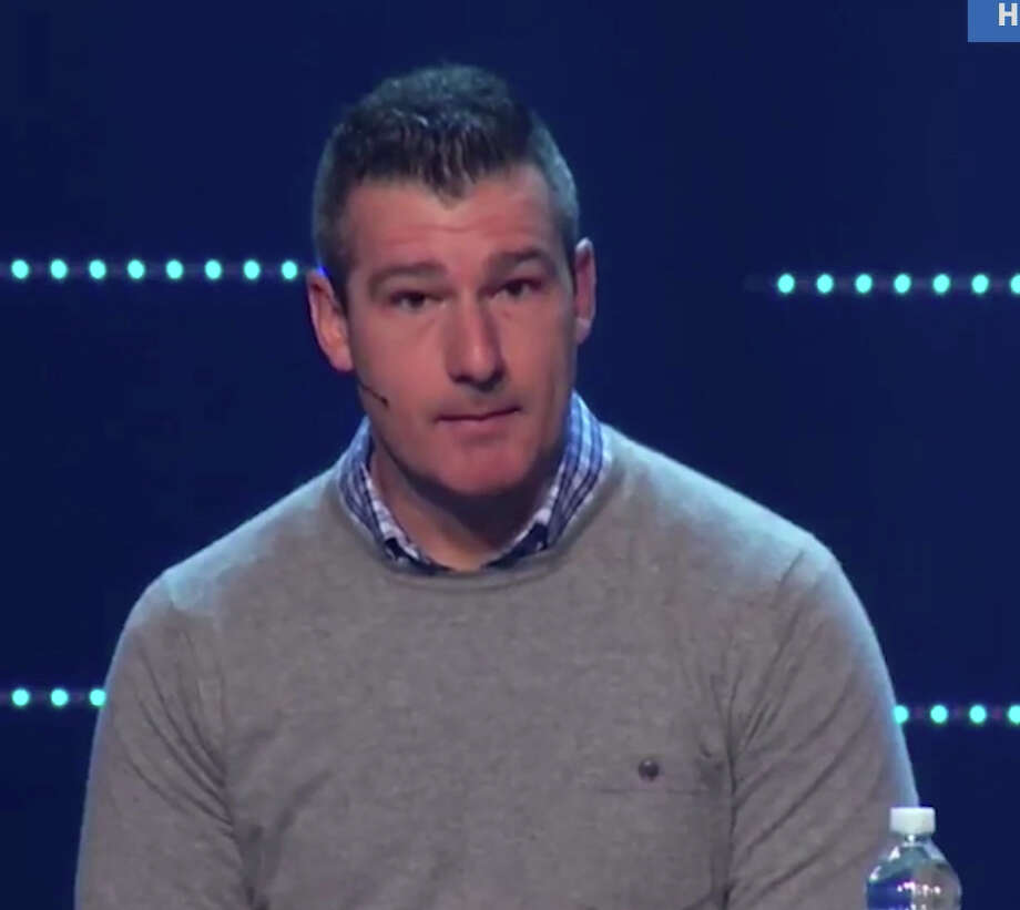 Andy Savage, a pastor at a Memphis megachurch, received a standing ovation after apologizing to a woman who said he assaulted her when she was a teenager. Photo: Highpoint Church, Via YouTube / handout
