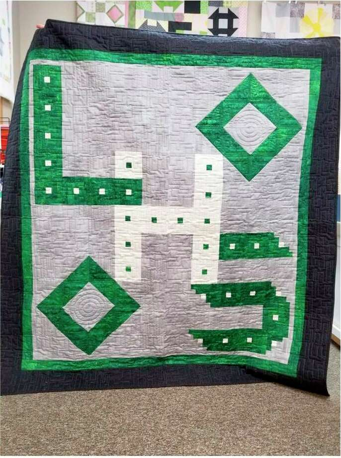 The Laker sophomore class is hosting a quilt fundraiser during the Jan. 12 varsity basketball game at Laker High School. Tickets will be available for purchase at the game. The winner of the quilt will be announced at a later date. (Submitted Photo)