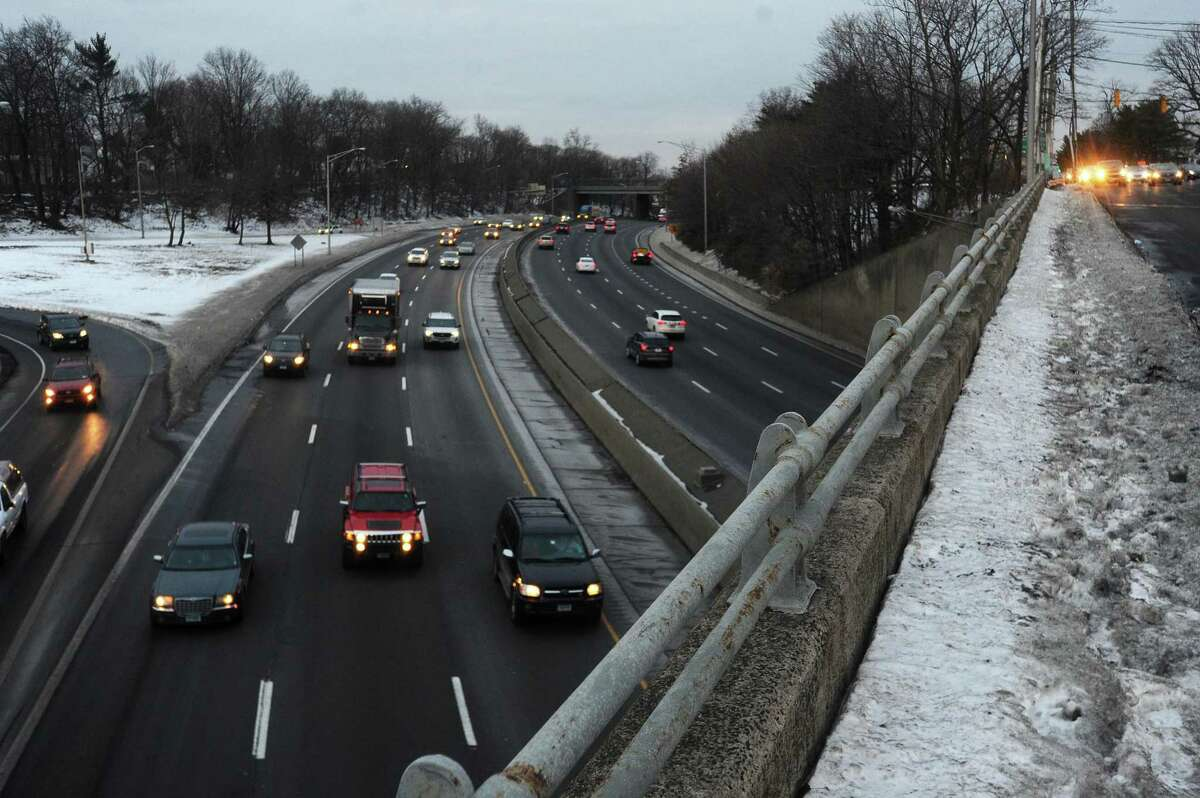 Traffic moves Northbound on I-95 during rush hour in Stamford, Conn. on Wednesday, Jan. 10, 2018. Gov. Dannel Malloy announced that hundreds of projects across the state, including the widening of I-95 from Bridgeport to Stamford, are postponed indefinitely.