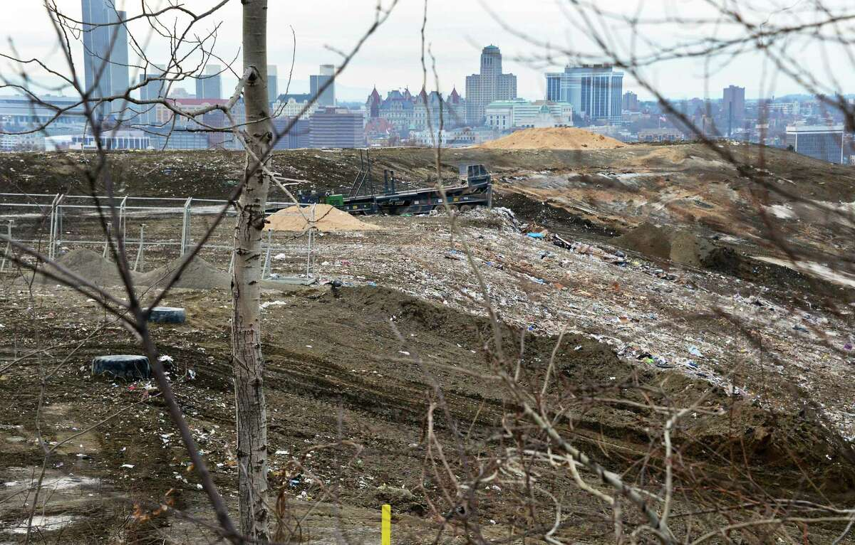 A portion of the Dunn C&D Landfill near Holy Sepulchre Cemetery Thursday Jan. 11, 2018 in Rensselaer, NY. (John Carl D'Annibale/Times Union)